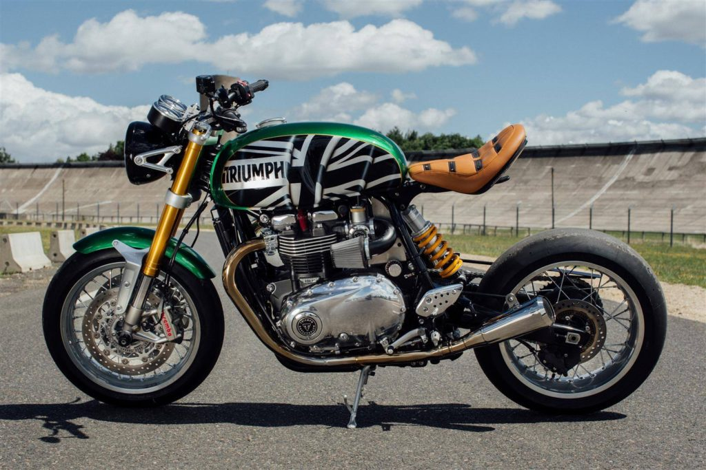 Triumph montlhery remporte le thruxton project radmagazine for Garage honda montlhery